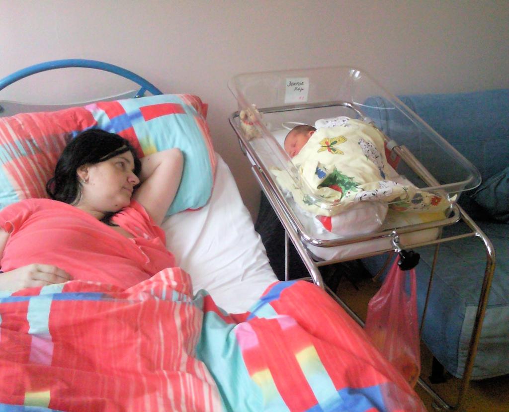 První dny v porodnici