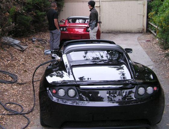 """Tesla roadster - """"tankování"""""""